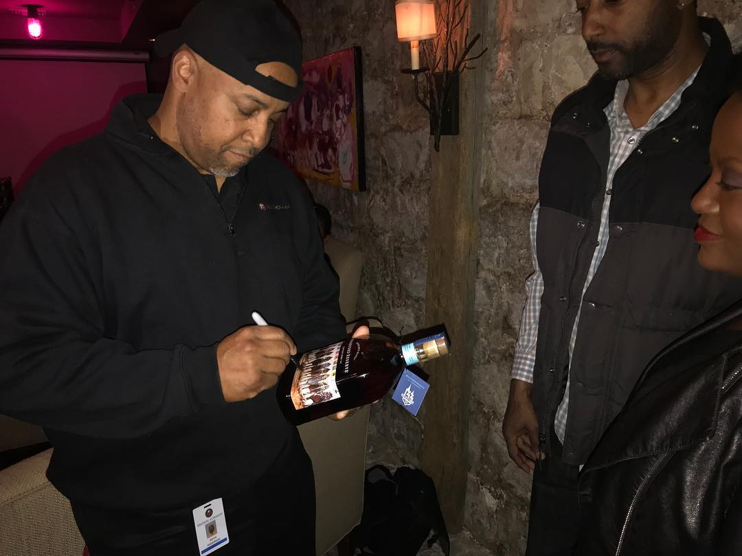 Artist Keith Anderson at Woodford Reserve 2018 Derby Bottle Affair